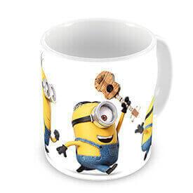 Los Minions están hasta en la sopa, ¿no van a estar hasta en el café? Descubre los diseños de tazas de Minions.